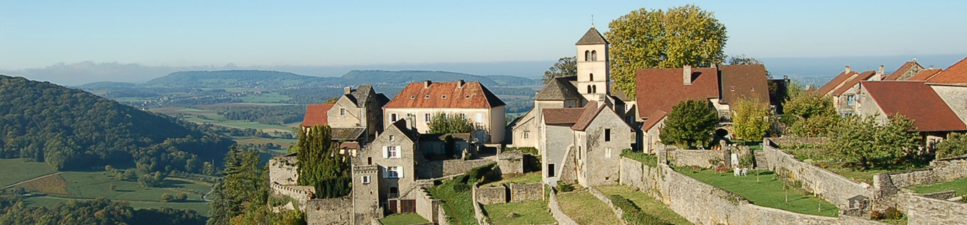 Village-chateau-chalon